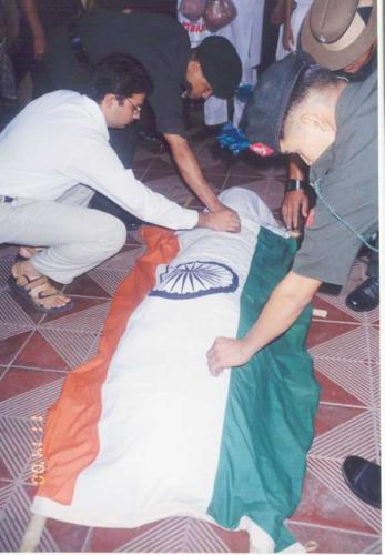 Mrinal_paying_respects_to_Nawang